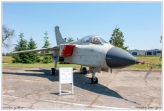 2019-Cameri-Museo-F104-weapons-043