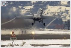 2012-Meiringen-Spotter-F18-Hornet-Pilatus-003