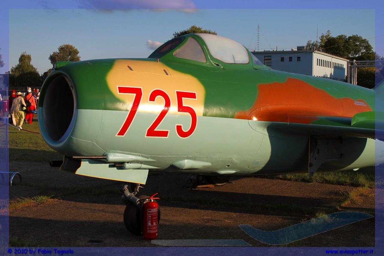 2010-Kecskemet-air-show-151