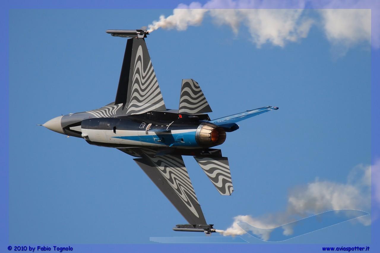 2010-Kecskemet-air-show-240