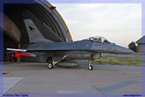 2009-cervia-notturni-f-16-falcon-024-jpg