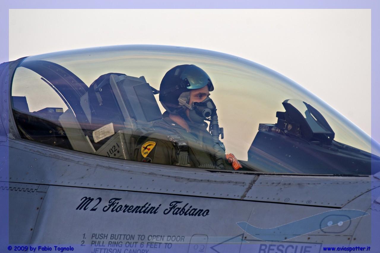 2009-cervia-notturni-f-16-falcon-025-jpg