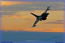 2009-cervia-notturni-f-16-falcon-031-jpg