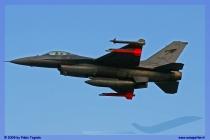 2009-cervia-notturni-f-16-falcon-034-jpg