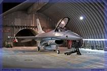 2009-cervia-notturni-f-16-falcon-044-jpg