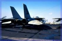 2000-Trieste-CVN-69-Eisenhower-024