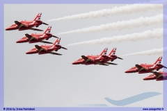 2016-fairford-tattoo-f35-f22-ef2000-frecce-red-arrows-055