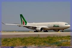 2017-malpensa-inside-boeing-airbus-a-380-b-747-777-cargo_053