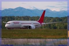 2017-Malpensa-Boeing-Airbus-A-380-B-747-757-787_014