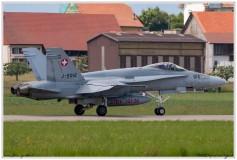 2019-Payerne-Schweizer-Luftwaffe-F18-Hornet_040