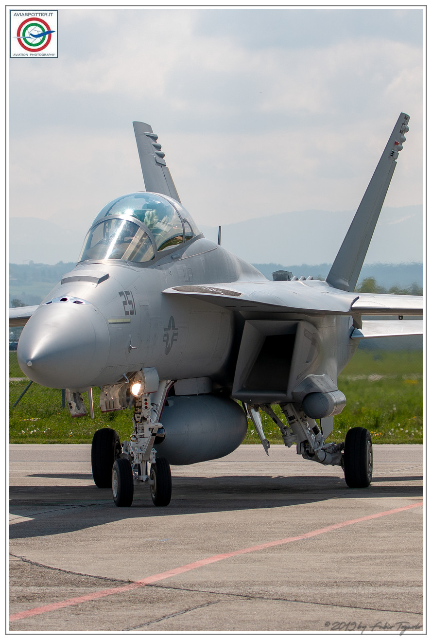 2019-F18-super-hornet-swiss-payerne-030
