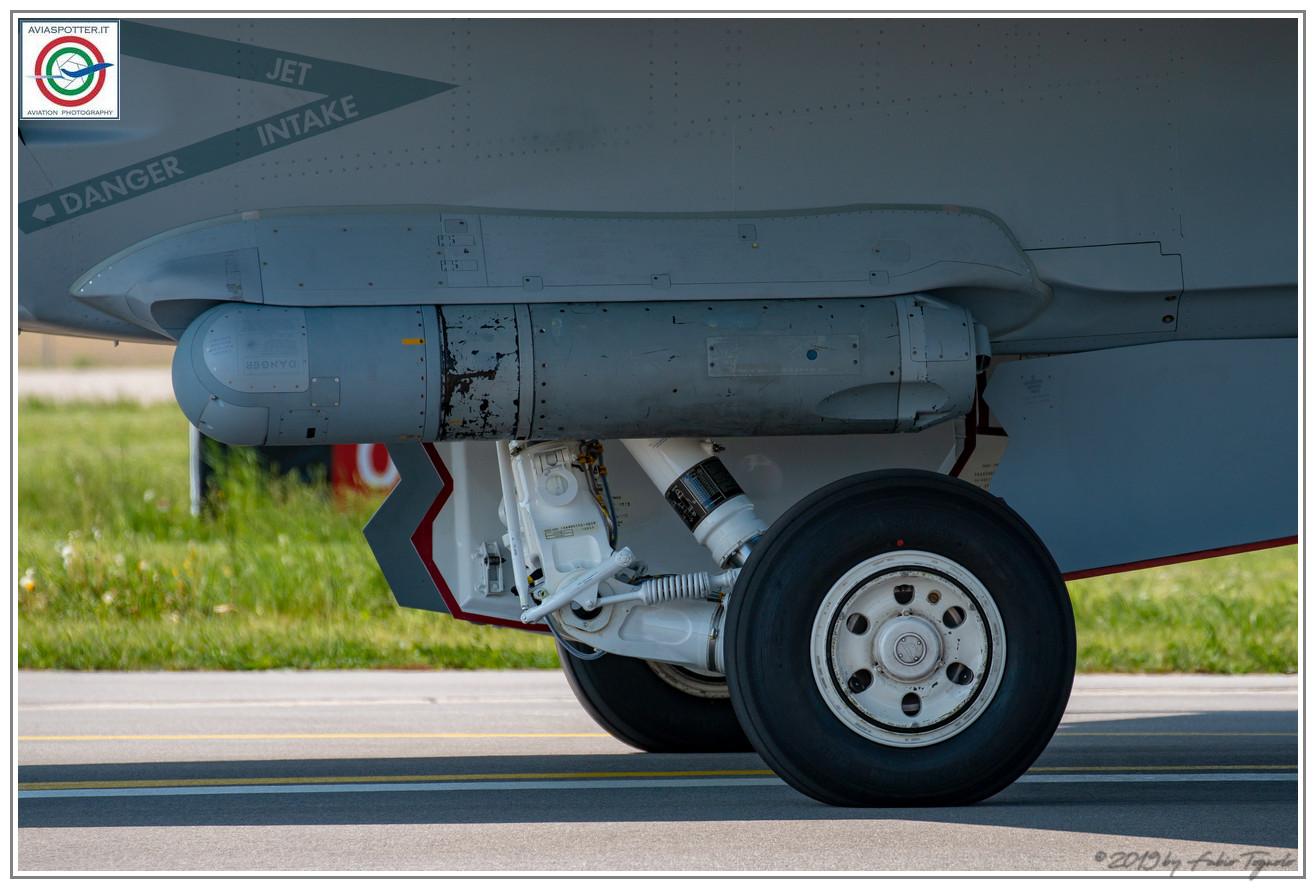 2019-F18-super-hornet-swiss-payerne-075