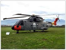 50°-Luni-Marina-Militare-Elicotteri-NH-SH-90_018